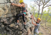 Intro Rock climbing - Banff Life